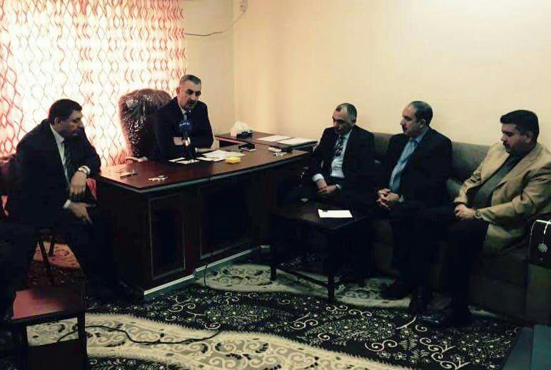 الراوي: يتفقد لجنة اغاثة نازحي محافظة الانبار في السليمانية ويطلع على آليات التوزيع وكم ونوع السلة الغذائية