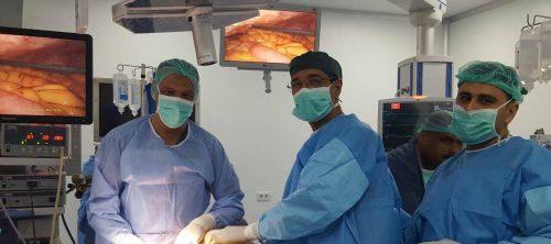 مستشفى الكفيل يشهد إجراء عملية ناظورية نادرة